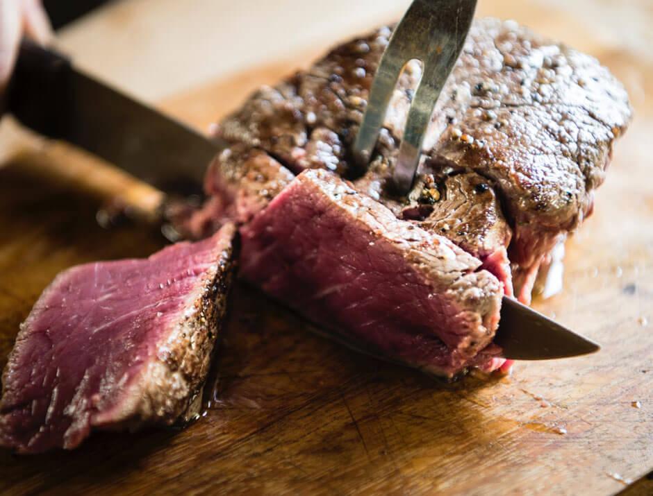 que nutrientes tiene la carne